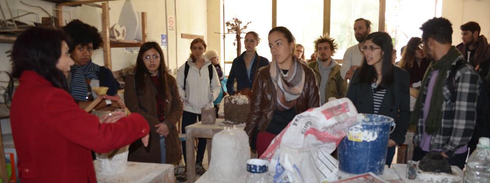 Alumnos de intercambio visitan la Facultad de Arte