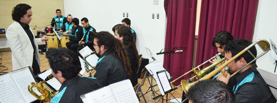 Con gran presentación de la Big Band comenzó Temporada de Conciertos UPLA