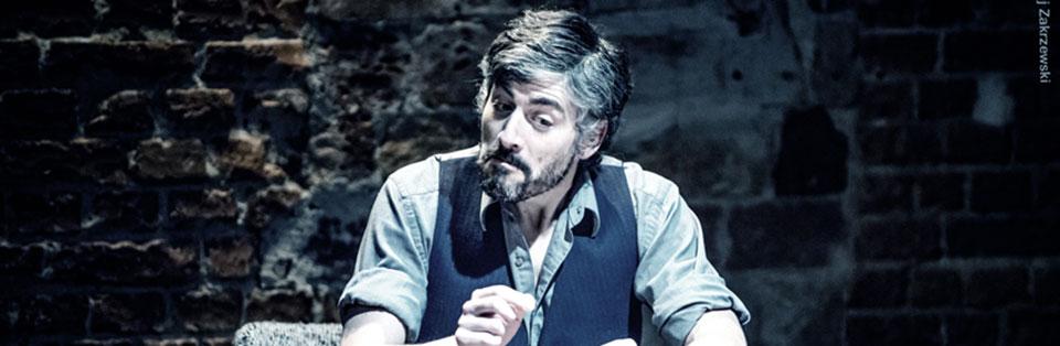Académico de Teatro Claudio Santana realizará gira a Italia y Polonia