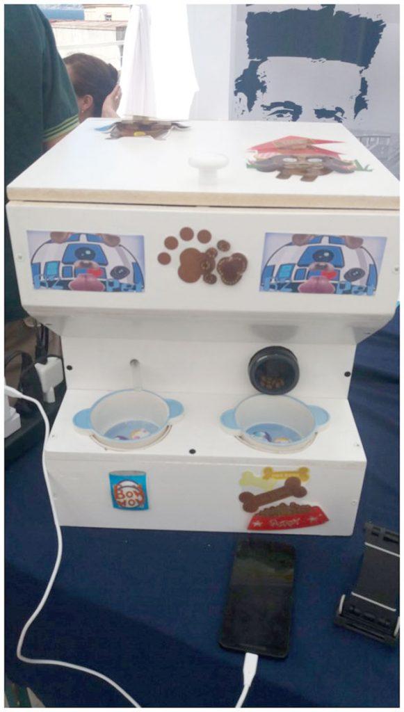 """""""Alimentador de Mascotas Inteligente"""""""