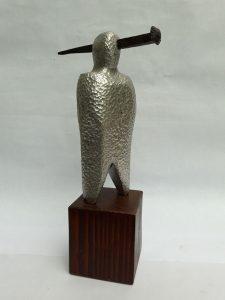 """""""En el ojo"""" (escultura)"""