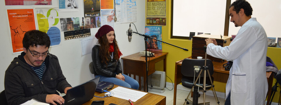 Realizan diagnóstico vocal a alumnos de Teatro UPLA