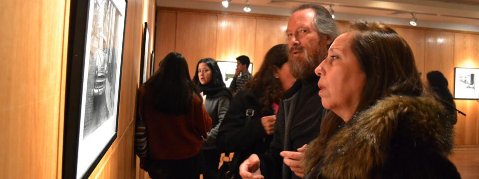 Académico UPLA inaugura exposición fotográfica en Talca