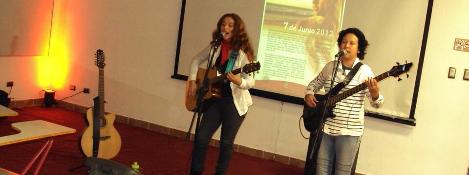 Gricelle presentó su disco debut en Temporada de Conciertos de la UPLA