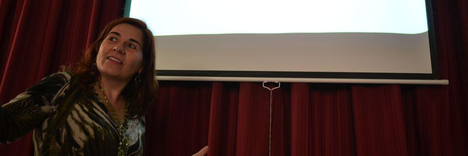 Académica de Arte dictó seminario sobre importancia de las TICs en la educación