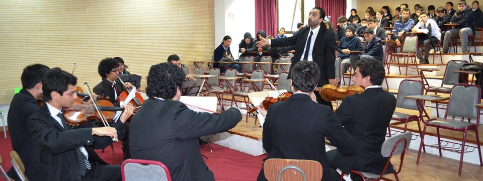Didáctica presentación brindó Orquesta del Conservatorio de Música de la PUCV