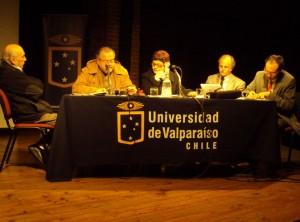 Luciano San Martín y académicos de las universidades tradicionales de Valparaíso