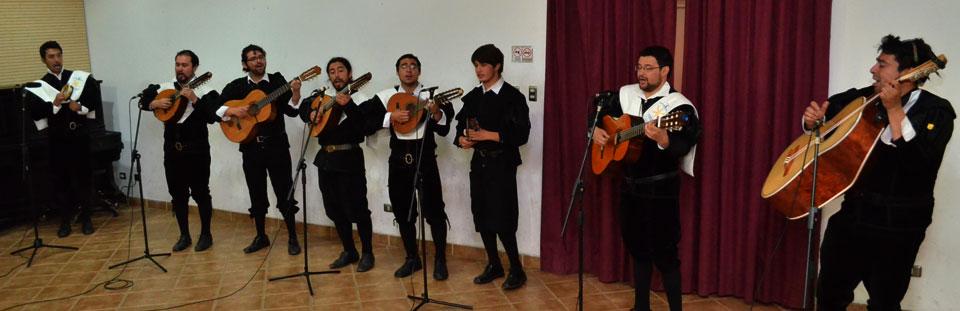 Tuna de la Facultad de Arte debutó en Temporada de Conciertos UPLA