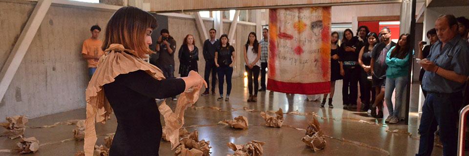 Estudiantes de Expresión Gráfica cierran semestre con acción de arte en PCdV