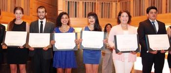 Graduados (as) de la Facultad de Arte reciben sus títulos profesionales
