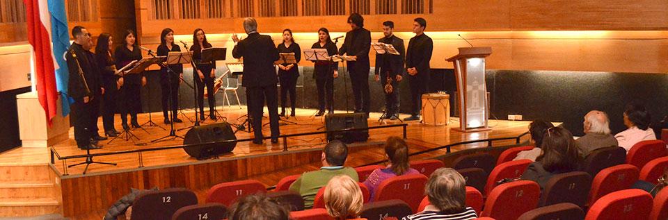 Conjunto de Madrigalistas UPLA inició conciertos homenaje a Violeta Parra