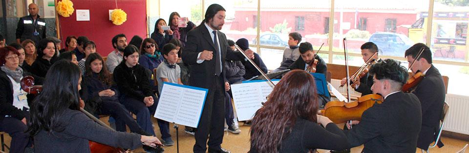 """Orquesta de Cámara UPLA ofreció concierto """"Arte que Sana"""" en Hospital de Petorca"""