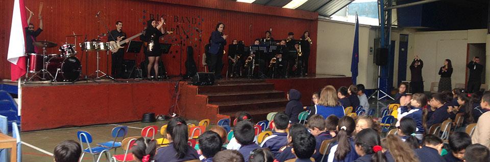 Colegio Los Reyes de Quilpué recibió al Semillero Big Band UPLA
