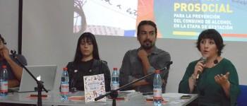 Diseñadores formados en la UPLA realizaron conversatorio en la Facultad de Arte