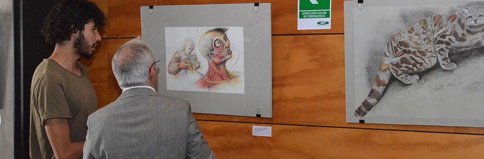Exposición que une el arte y la ciencia se inauguró en la UPLA