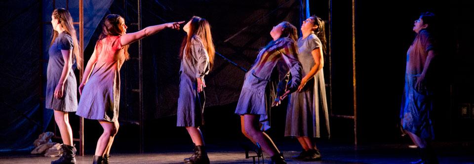 "Reestrenan aplaudida obra ""Mujeres Quebradas"" en Sala UPLA"
