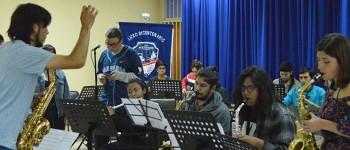 Escuela de Música Popular de la UPLA culminó con la formación de 60 jóvenes de la región