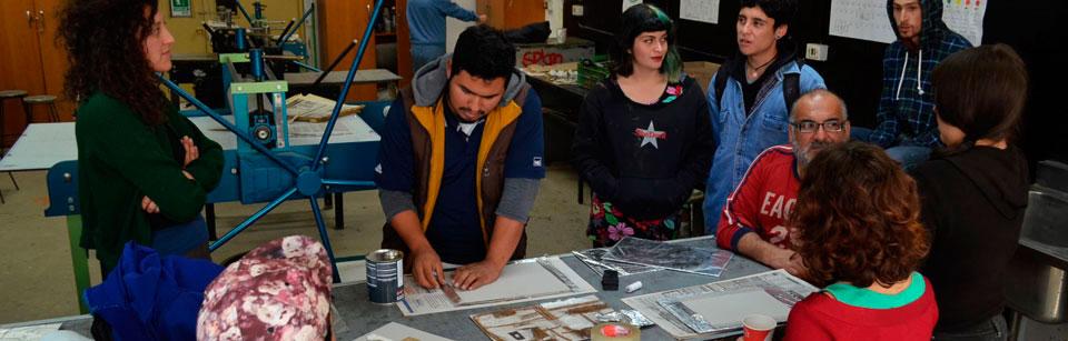 Artista visual mexicano realizó pasantía en la Facultad de Arte