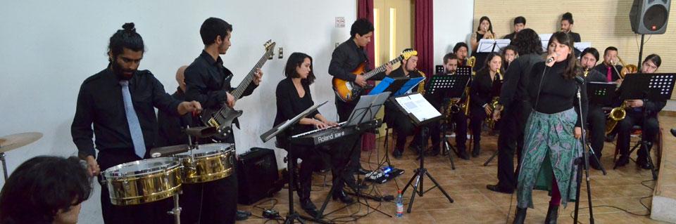 Semillero Big Band debutó en Temporada de Conciertos UPLA