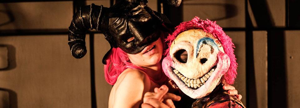Montaje de egreso de teatro UPLA llega a Sala de Arte Escénico