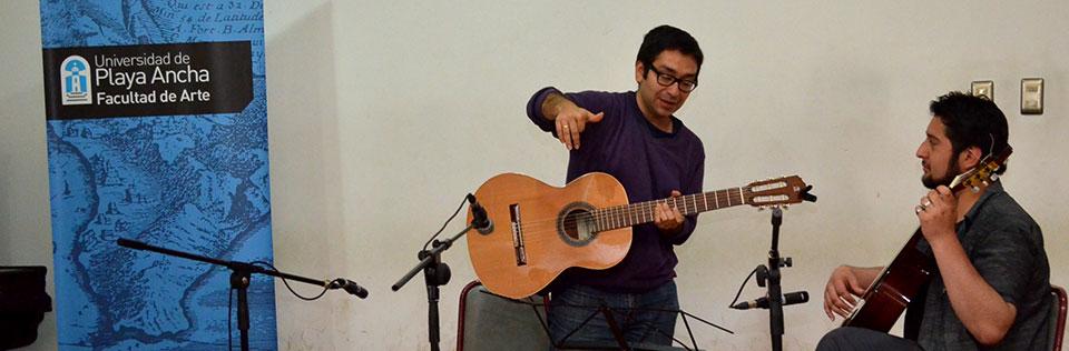 Guitarrista Renato Serrano dictó clase magistral en la UPLA
