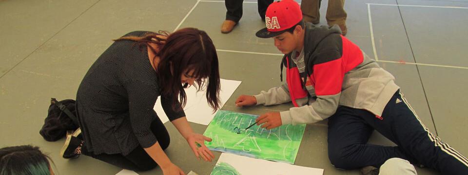 Facultad de Arte trabajó con jóvenes del CREAD Playa Ancha