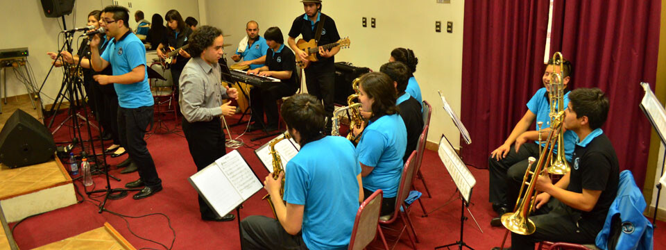 Gran presentación brindó la Big Band UPLA en su debut en la Temporada de Conciertos