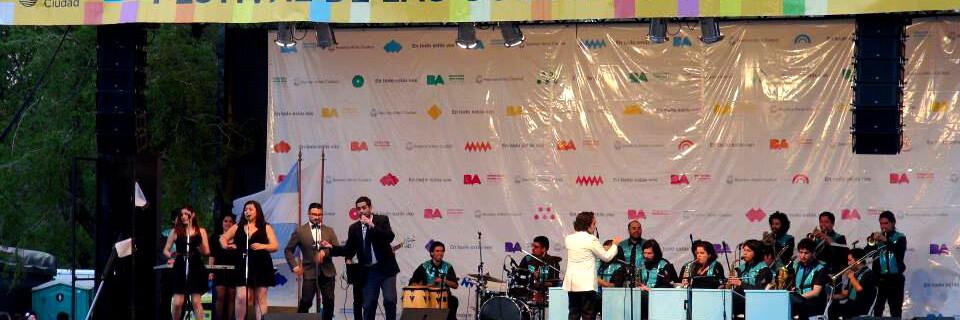 Ante 25 mil personas la Big Band UPLA cerró gira internacional a Buenos Aires