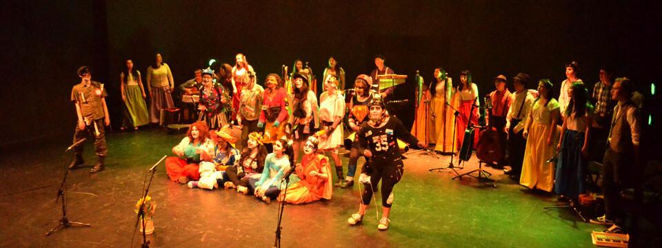 Espectáculo teatral y musical se presentó en la Sala UPLA