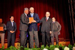 """Pujillay recibe reconocimiento """"Institución Patrimonial"""""""