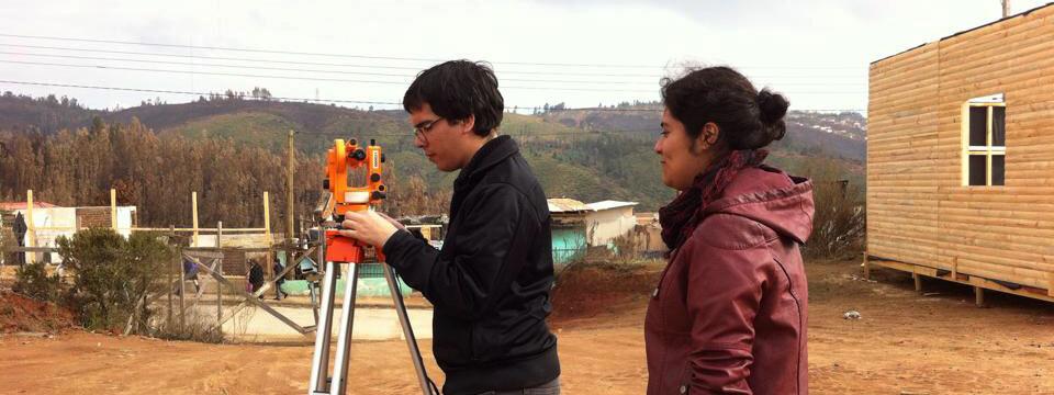 Alumnos UPLA crean proyecto para construir vivienda de afectada por megaincendio