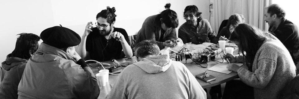 Franja sobre arte y electrónica se dictará en la Facultad de Arte