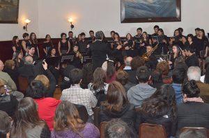 Welt-Harmonik y Coro de Cámara UPLA