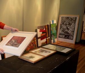 Obras donadas para exposición solidaria